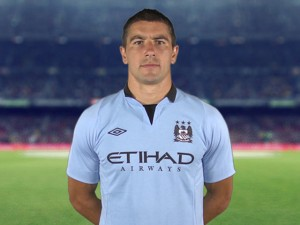 Aleksandar-Kolarov-Manchester-City-Player-Pro_2837746