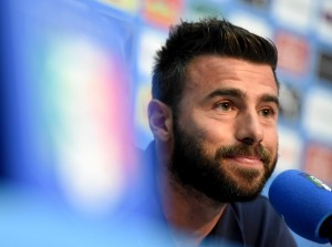 Andrea+Barzagli+Team+Italy+Training+Session+CNt2EFJqcsFl