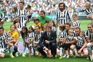 Antonio+Conte+Juventus+v+Cagliari+Calcio+Serie+K5pC22Ei92dl