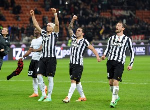 Carlos+Tevez+AC+Milan+v+Juventus+Serie+8pLUQEvf684l