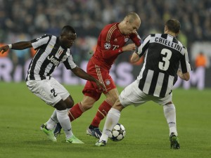 Juventus-v-Bayern-Munich-Kwadwo-Asamoah-Arjen_2927552