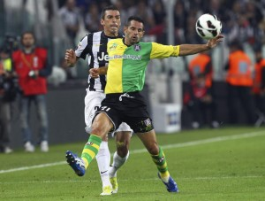 Lucio+FC+Juventus+v+AC+Chievo+Verona+Serie+IAvNKG1Q_4il