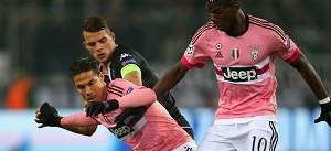 VfL Borussia Monchengladbach v Juventus - UEFA Champions League